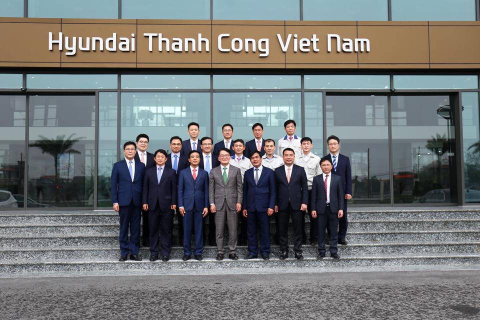 Phó Tổng Giám đốc cấp cao Hyundai Motor thăm và làm việc tại Việt Nam